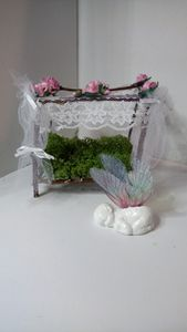 miniature Fairy cradle and baby !