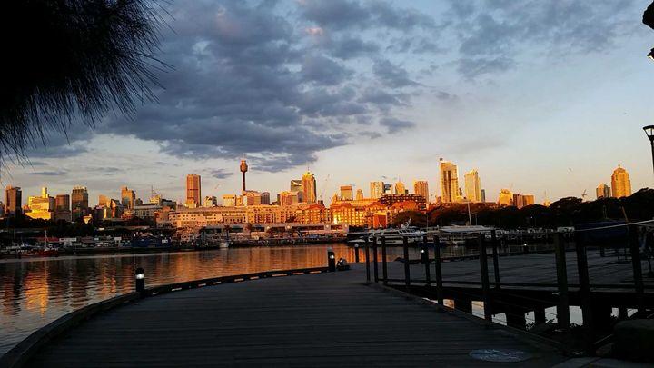 Still Sydney Evening - Kemp Artwork