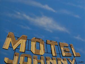 Motel Johnny