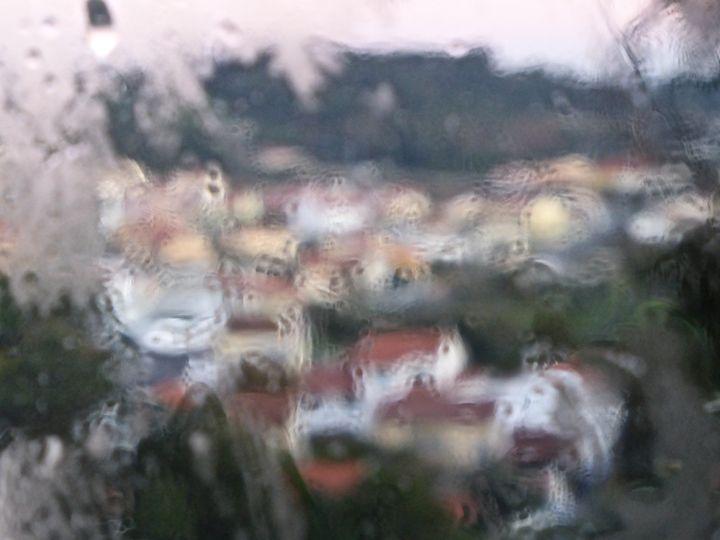city in the rain - city child