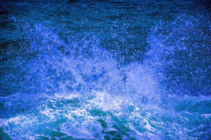 Sea beach waves - slavamalai