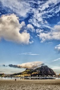 Clouds over sugar loaf