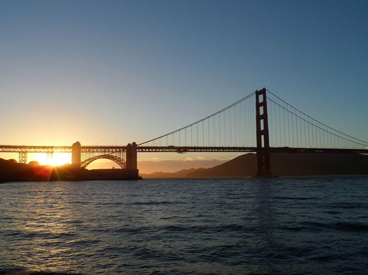 Sunset behind the Golden Gate Bridge - Kerry Chapman