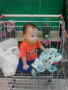 My Kids in super market