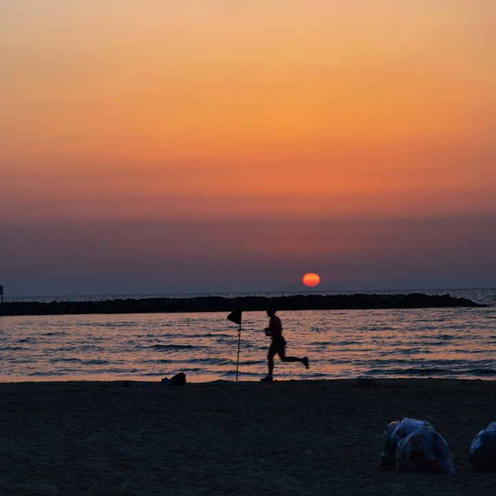 Tel Aviv Beach Sunset - Amanda Chaplin