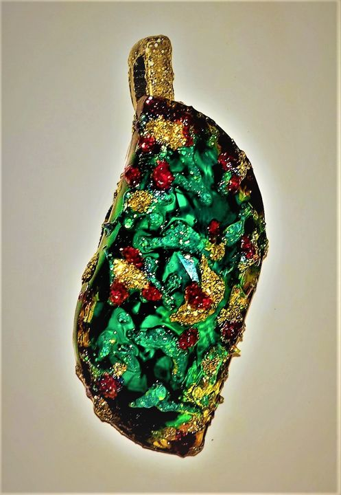 Green leaf - painted crystal pendant - indianArtOnCanvas