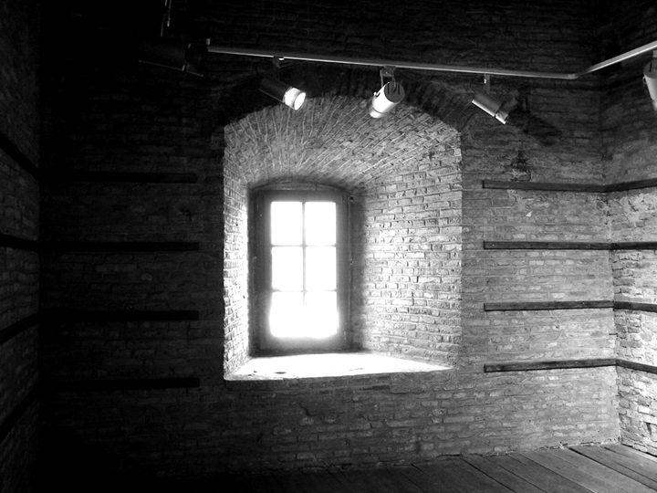 Window, monochrome - Adrian Paul