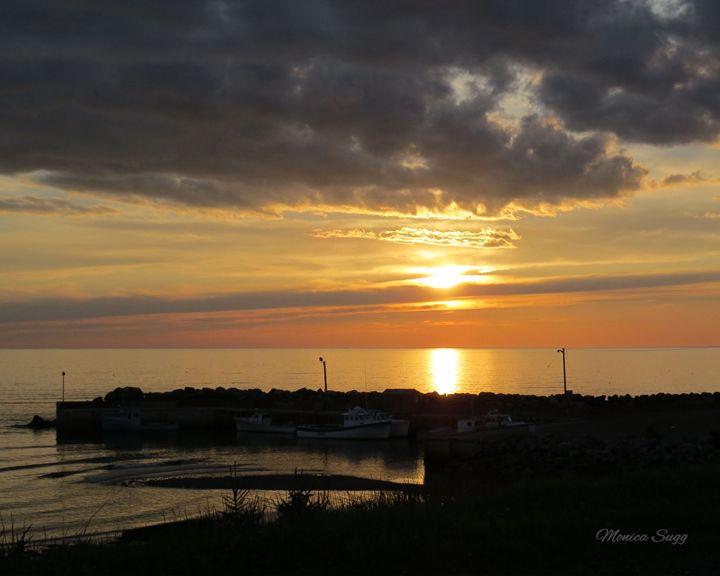 Sunset Over Livingstone Cove - Monica Sugg