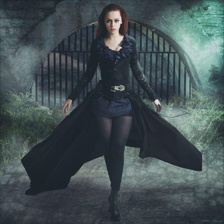 Beautiful Vampire - Art by Arthur Ramsey