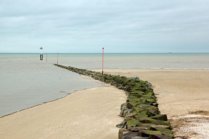 A path to the sea. - Neko92vl