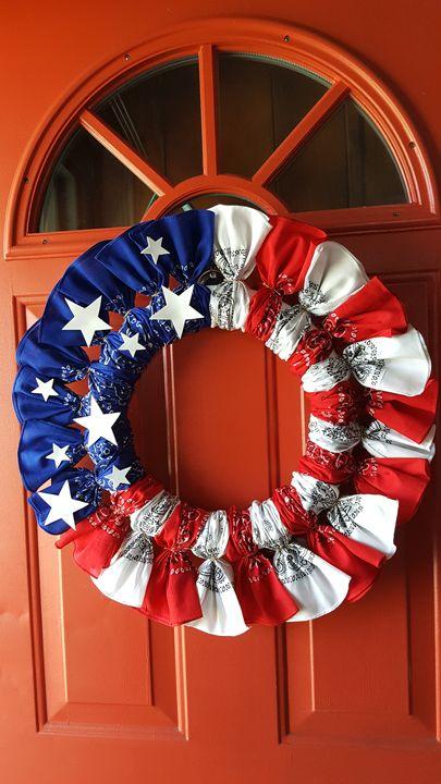 American Bandana Wreath - Dreamweaver Designs