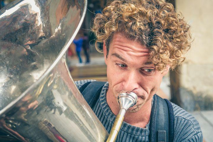 blonde trombone - FineArt Italia