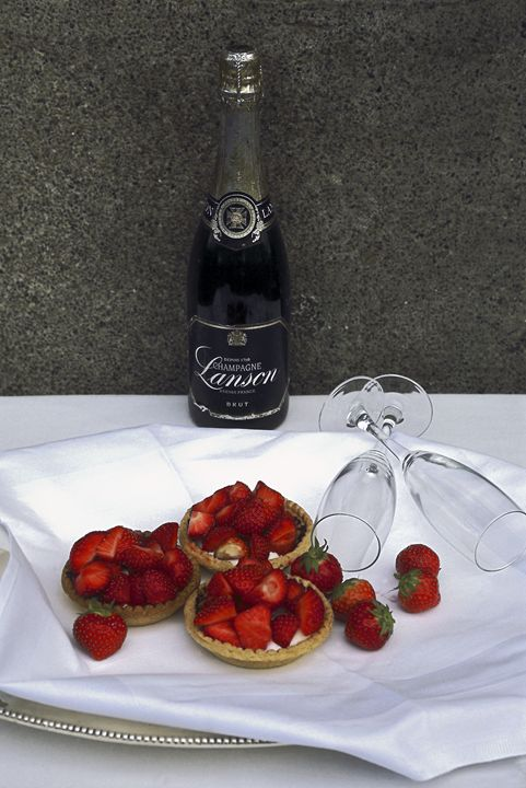 Champagne and Strawberries - Sally Weigand Images