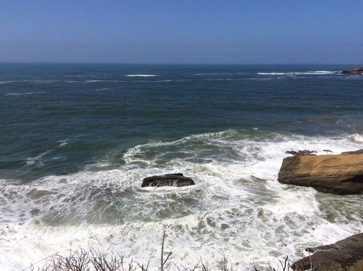 Oregon Sea - Emma Miller