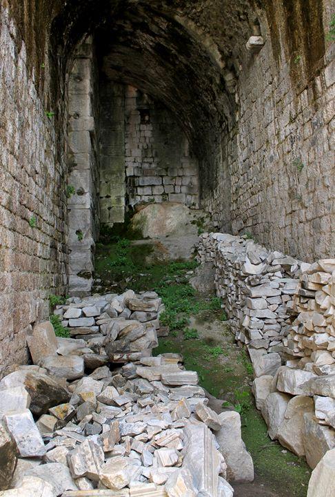 Bergama Ruins - Taelor Paige Designs
