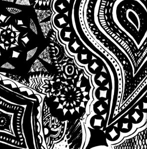 Mehndi Drawing in Black and White