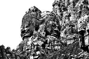 Face on Angkor Tom