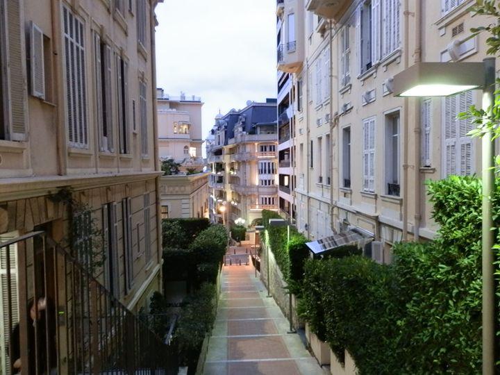 Alley to Nice Beach - Margaret LN Brooks