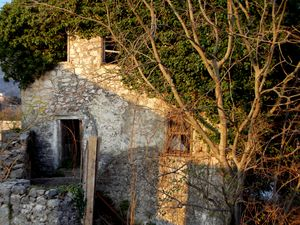 Stone House Facade Building, Ruins