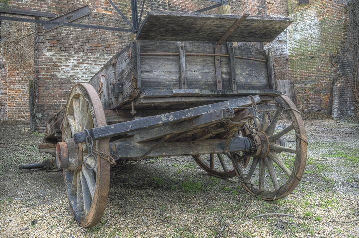 Stationary Wagon - Sean Toler Photo