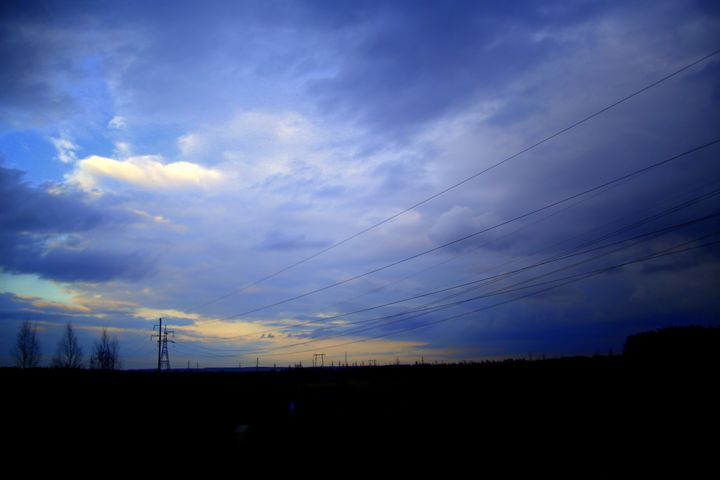 Sunrise over fields - Adi Starr