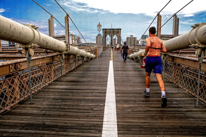 Runner on Brooklyn Bridge - debchePhotography
