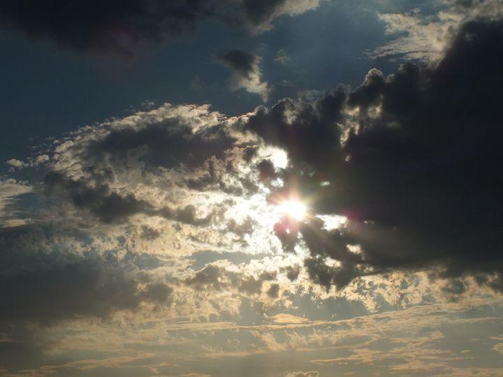 The Sky 23 June 2015 - Vanessa Schlachtaub Bruni
