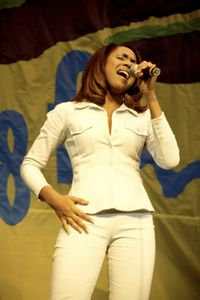 Singer Deborah Cox Color Photo - Front Row Photographs