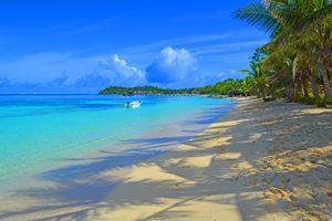 Fiji / Mana Island - Shadows