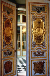 Doors Versailles - tom prendergast fine art images
