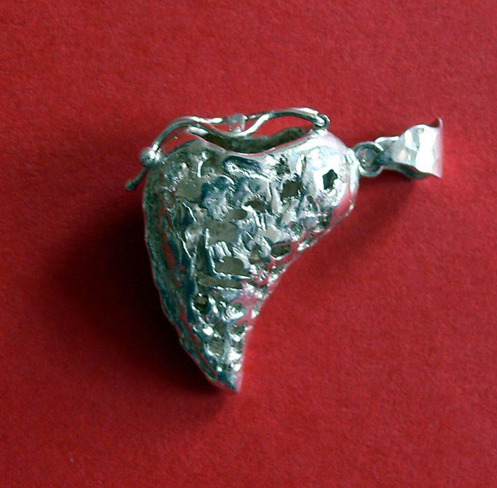 Secret holder half heart - JBiro