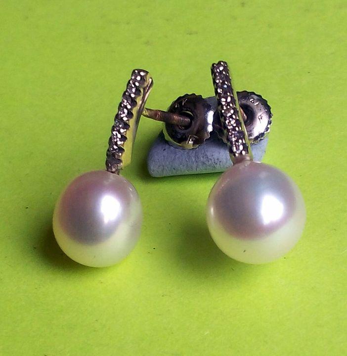 14K. diamond and Pearl earring - JBiro