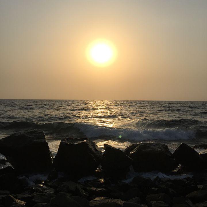 Sunset Waves Rocks - Kitchie Panget