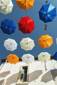 Umbrella street - Renato Navarro Photography