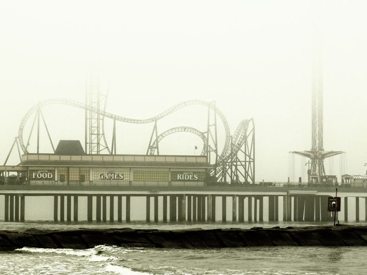 Pleasure Pier - Robert Brown Photography