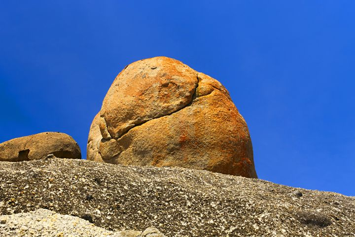 Huge Rocks - Maxwell Jordan