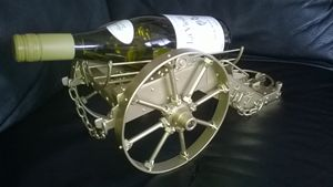 Wine Metal Rack - Zarta Studio