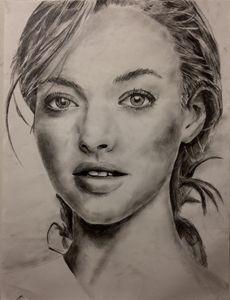 Amanda Seyfried pencil sketch