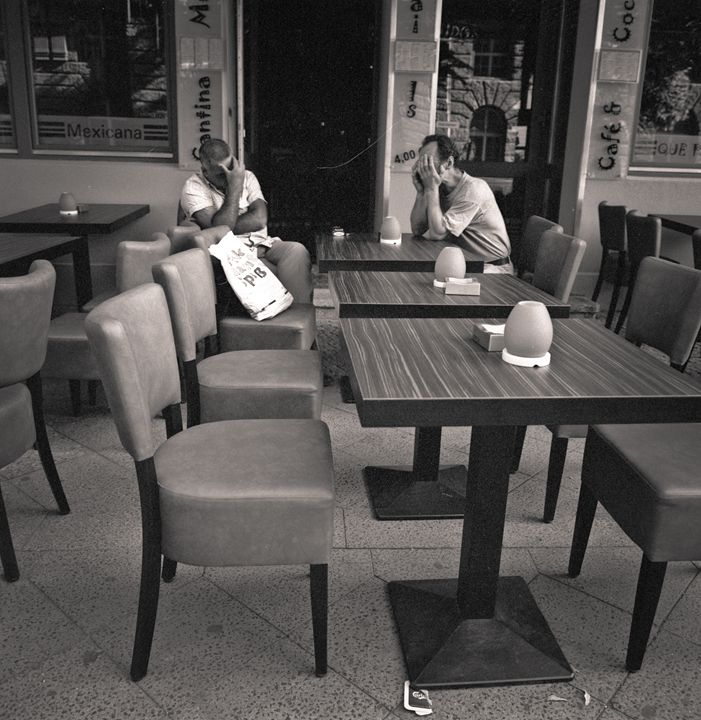 Berlin: men at cafe - Ron Greer Photography