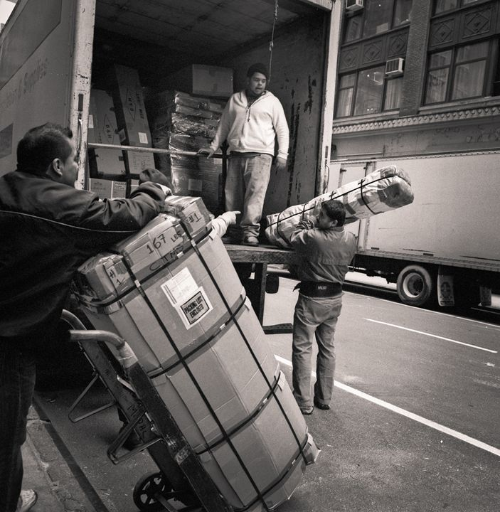New York City: men at work - Ron Greer Photography