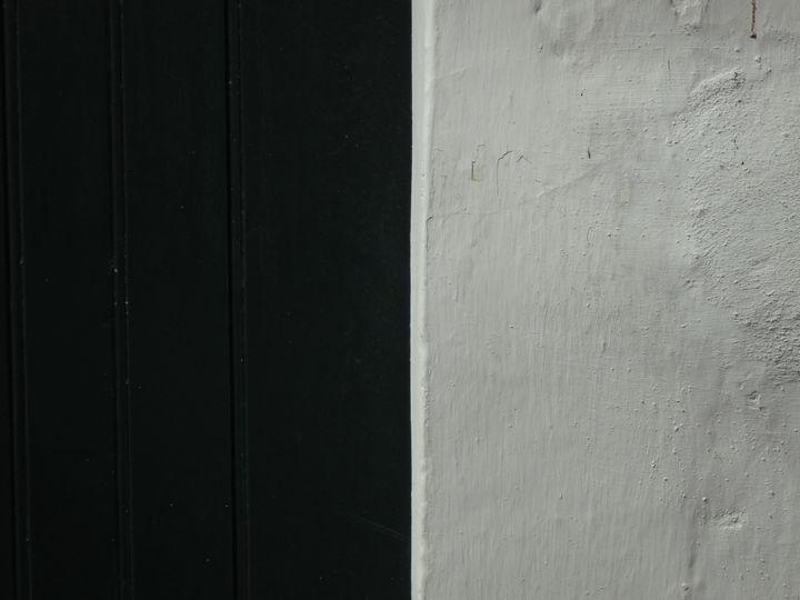 Charcoal and white - Simon Goodwin