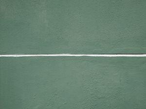 White line on green