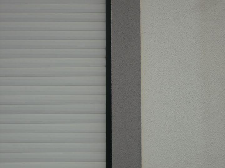 White shutter - Simon Goodwin