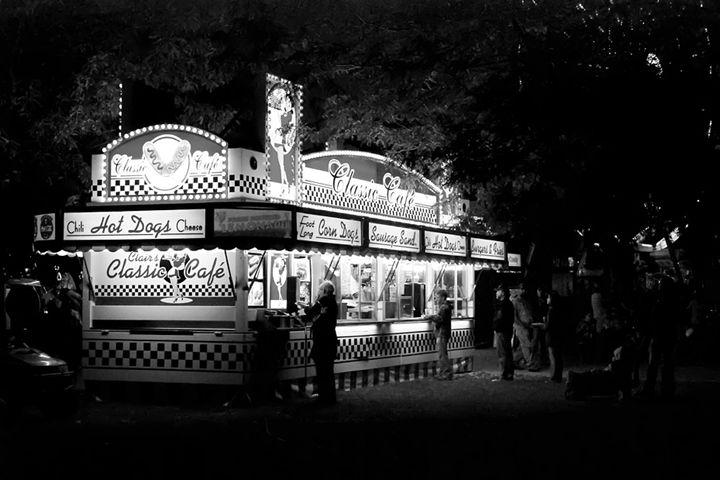 Classic Cafe - Photography of Mark Polege