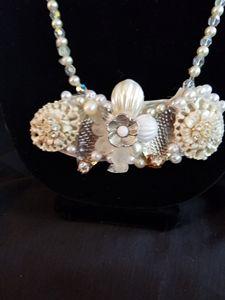 Carol necklace