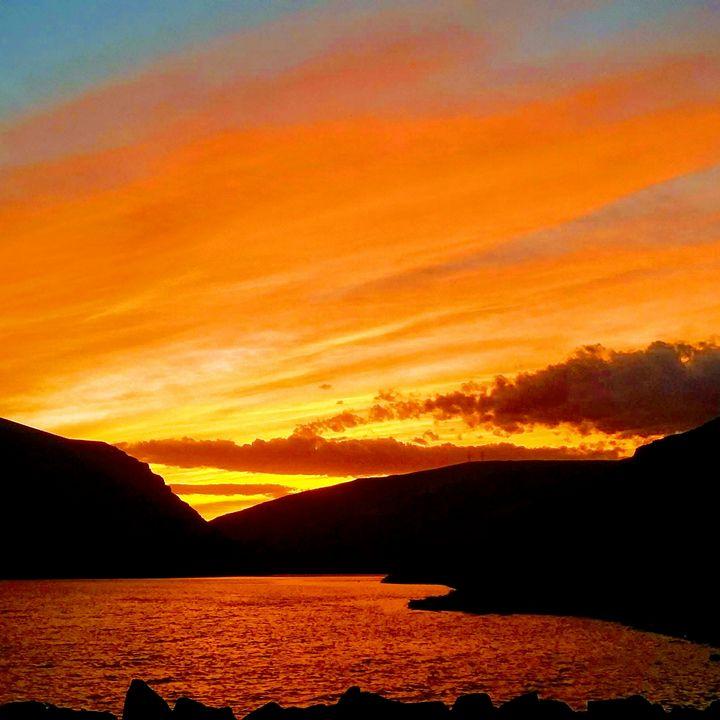 Burning Sunset - Shadow B. Plottin'