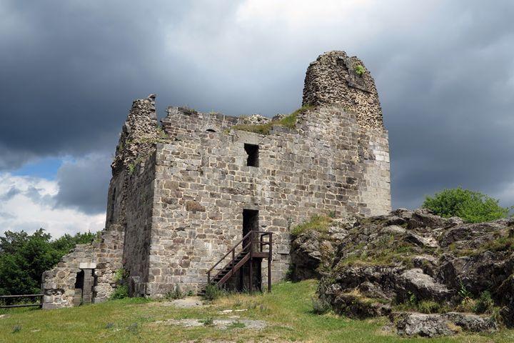 ruins of Primda castle - Art Gallery