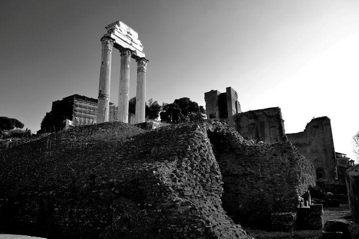 Ruins of Rome - Chris Urban