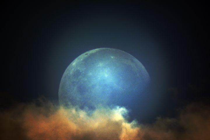 Blue Moon - Christopher Gronski