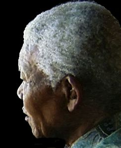 Mandela returns